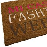 Die Fußmatte Fashion hat eine Größe von 40 x 70 Zentimetern.