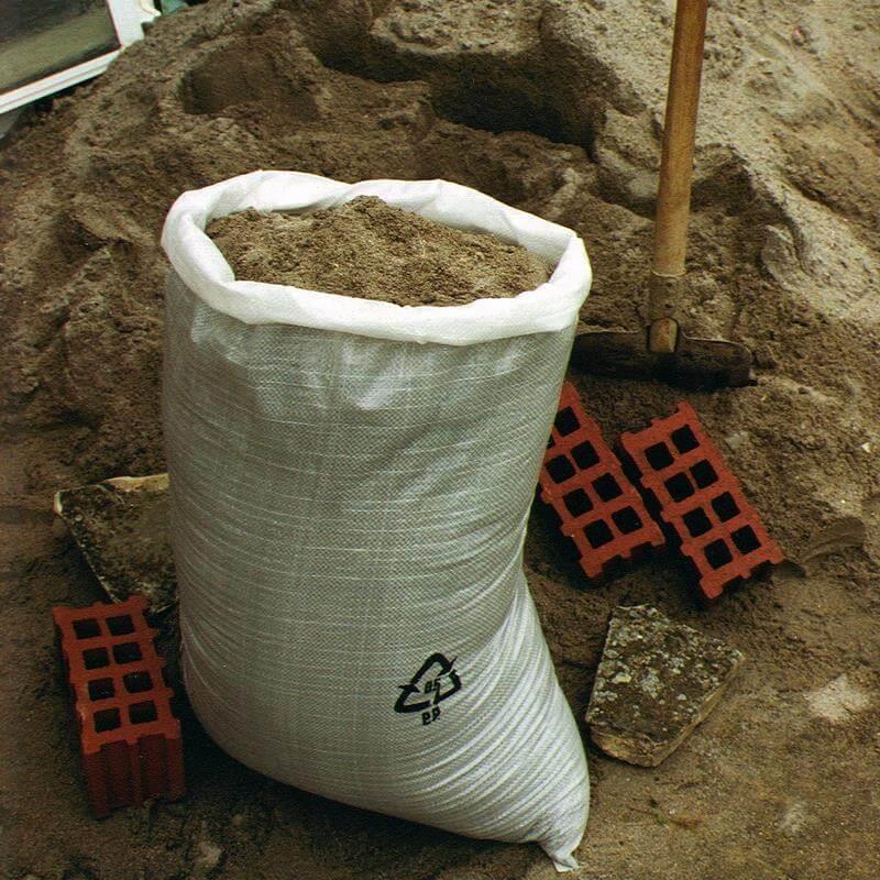 Weißer Gewebesack für Baustelle, Schüttgut, Sand