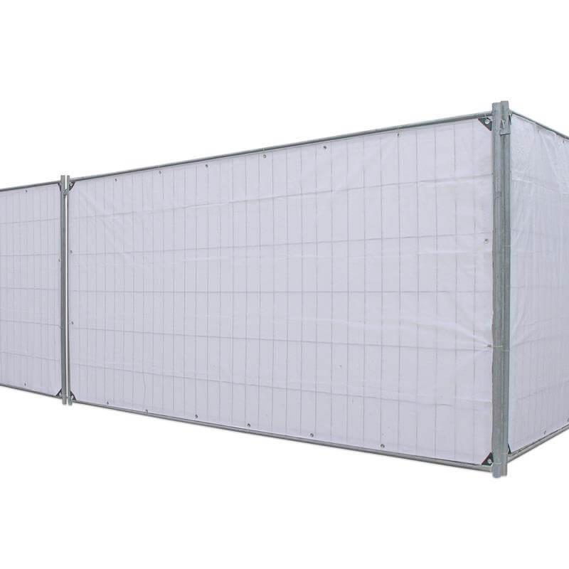 Die Bauzaunplane ist ideal als Sichtschutz und Schmutzfänger an Baustellen.