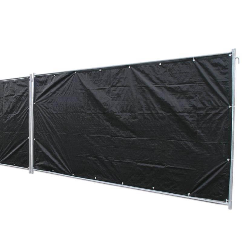 Die Bauzaunplane Profi in schwarz ist besonders gut geeignet, um einen wirksamen Sichtschutz zu schaffen.