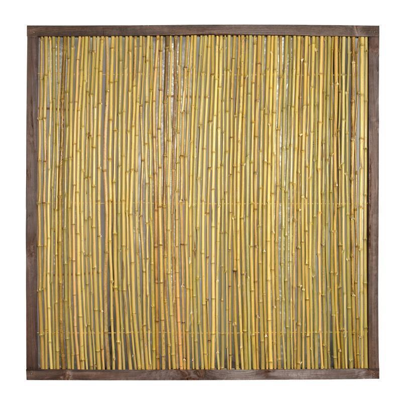 Dieser Bambuszaun im Holzrahmen ist ein gutes Sichtschutzelement