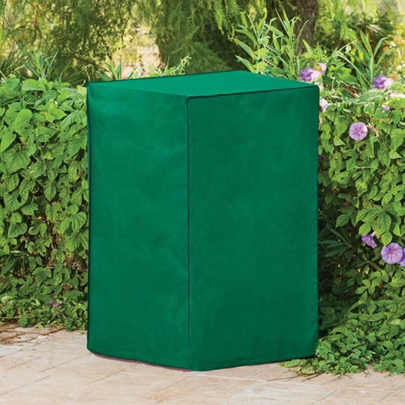 Stapeln Sie Ihre Gartenstühle und schützen diese mit einer Premium Schutzhülle.